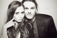 Lily and Jamie in a fan-created manip from Tumblr.