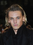 Jamie-Breaking-Dawn-Premiere-14