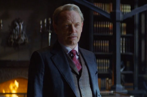 Jared Harris as Hodge Starkweather