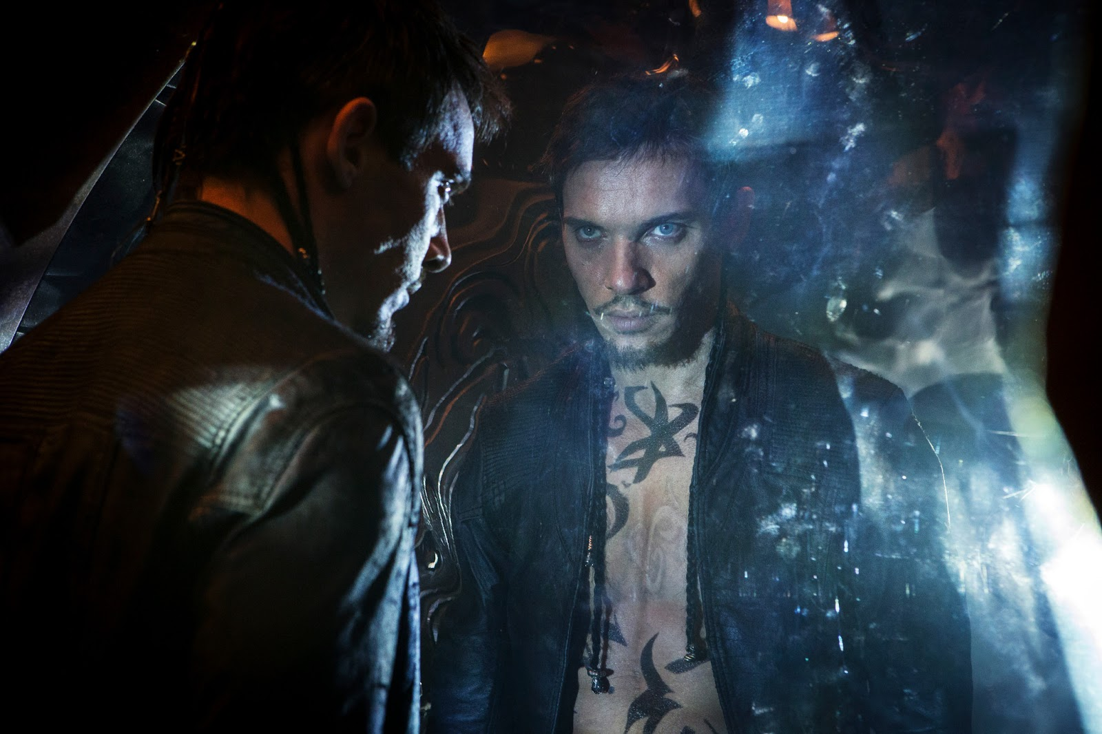 New stills from 'THE MORTAL INSTRUMENTS: CITY OF BONES ...