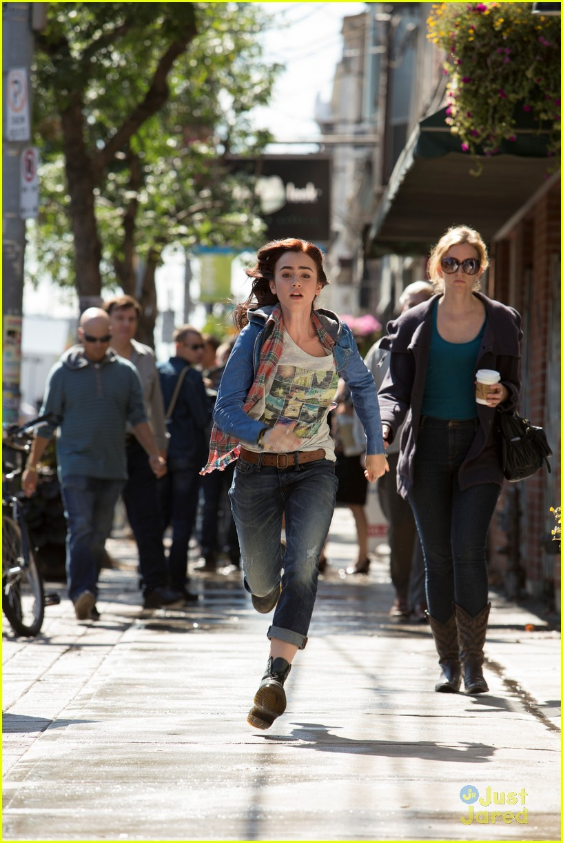 Lily Collins is waiting to begin 'The Mortal Instruments ...