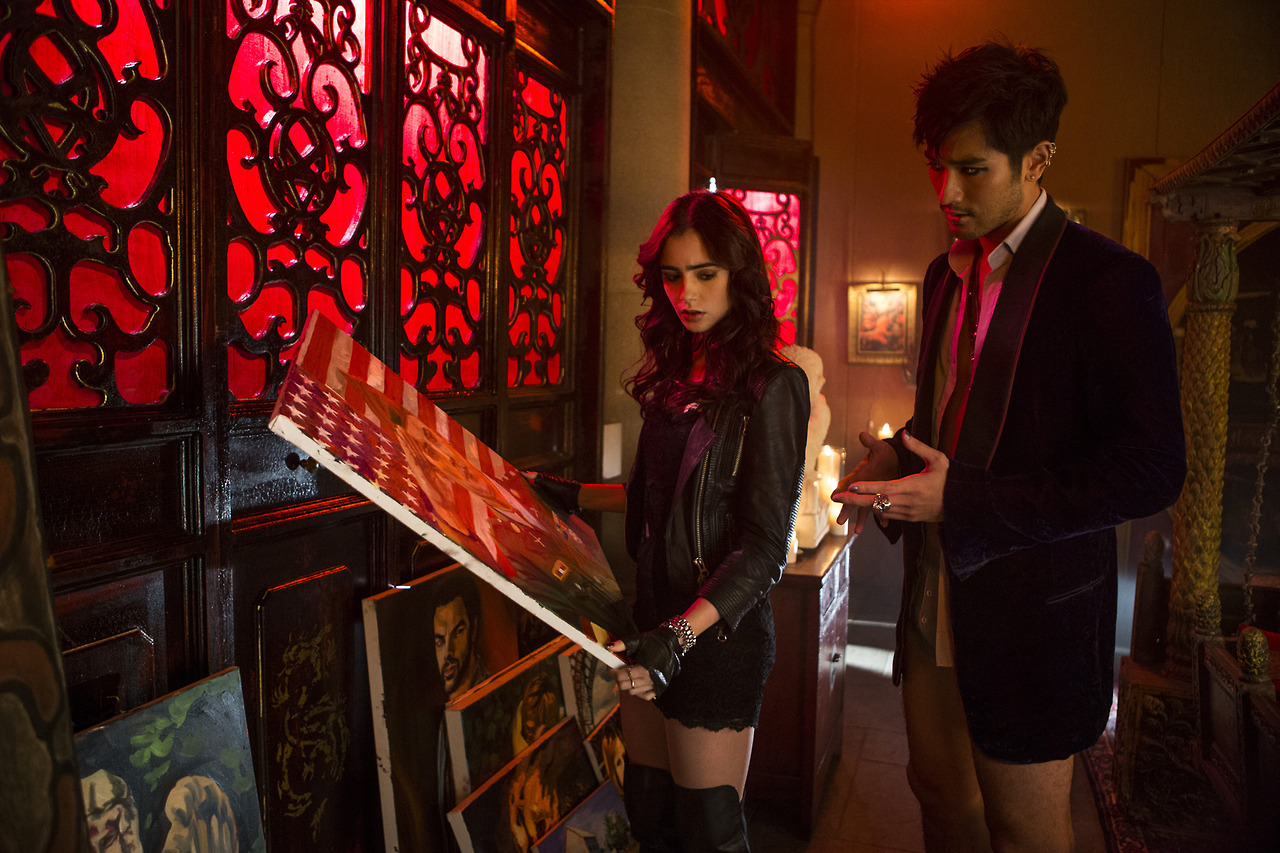 Four new stills from 'THE MORTAL INSTRUMENTS: CITY OF ...