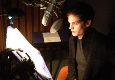 Daniel-Sharman-In-Recording-Studio-For-Clockwork-Princess-Audiobook-daniel-sharman-33337228-575-400