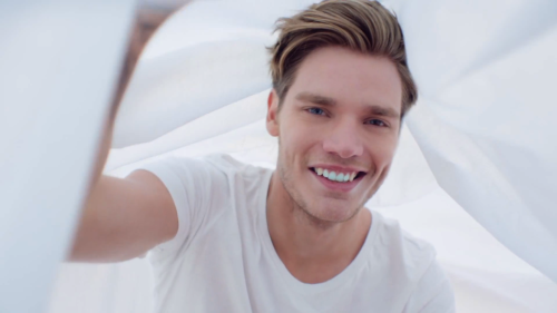 http://tmisource.com/2015/04/20/dominic-sherwood-cast-as-jace-wayland-in-shadowhunters/