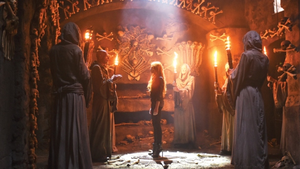 "SHADOWHUNTERS - ""1002"" - Clary's memories might be the key to finding her mother and the Mortal Cup. (ABC Family/John Medland) STEPHEN HART, KATHERINE MCNAMARA"