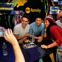 "SHADOWHUNTERS - The cast and creators of ABC Family's ""Shadowhunters"" appear at New York Comic-Con on October 10, 2015 to discuss the new series. ""Shadowhunters"" premieres Tuesday, Jan. 12 at 9 p.m. ET on ABC Family. (ABC Family/Lou Rocco) ALBERTO ROSENDE, HARRY SHUM JR., FANS"