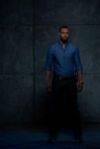 """SHADOWHUNTERS - ABC Family's """"Shadowhunters"""" stars Isaiah Mustafa as Luke Garroway. (ABC Family/Bob D'Amico)"""