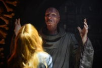 """SHADOWHUNTERS - """"The Descent Into Hell is Easy"""" - Clary's memories may be the key to finding her mother and The Mortal Cup in """"The Descent Into Hell is Easy,"""" an all-new episode of """"Shadowhunters,"""" airing Tuesday, January 19th at 9:00 – 10:00 p.m., EST/PST on Freeform, the new name for ABC Family. ABC Family is becoming Freeform on January 12, 2016. (ABC Family/John Medland) STEPHEN HART"""