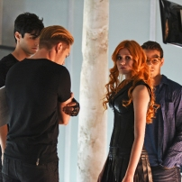 "SHADOWHUNTERS - ""The Descent Into Hell is Easy"" - Clary's memories may be the key to finding her mother and The Mortal Cup in ""The Descent Into Hell is Easy,"" an all-new episode of ""Shadowhunters,"" airing Tuesday, January 19th at 9:00 – 10:00 p.m., EST/PST on Freeform, the new name for ABC Family. ABC Family is becoming Freeform on January 12, 2016. (ABC Family/John Medland) MATTHEW DADDARIO, DOMINIC SHERWOOD, KATHERINE MCNAMARA, ALBERTO ROWENDE"
