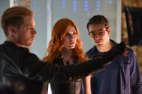"""SHADOWHUNTERS - """"The Descent Into Hell is Easy"""" - Clary's memories may be the key to finding her mother and The Mortal Cup in """"The Descent Into Hell is Easy,"""" an all-new episode of """"Shadowhunters,"""" airing Tuesday, January 19th at 9:00 – 10:00 p.m., EST/PST on Freeform, the new name for ABC Family. ABC Family is becoming Freeform on January 12, 2016. (ABC Family/John Medland) DOMINIC SHERWOOD, KATHERINE MCNAMARA, ALBERTO ROWENDE"""