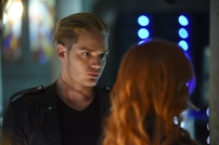 """SHADOWHUNTERS - """"The Descent Into Hell is Easy"""" - Clary's memories may be the key to finding her mother and The Mortal Cup in """"The Descent Into Hell is Easy,"""" an all-new episode of """"Shadowhunters,"""" airing Tuesday, January 19th at 9:00 – 10:00 p.m., EST/PST on Freeform, the new name for ABC Family. ABC Family is becoming Freeform on January 12, 2016. (ABC Family/John Medland) DOMINIC SHERWOOD"""