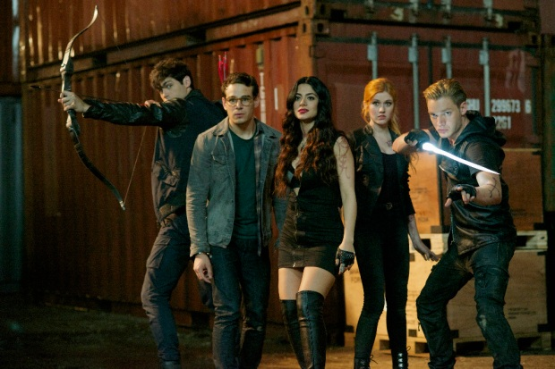 "SHADOWHUNTERS - ""Moo Shu To Go"" - Alec finds himself torn between duty and loyalty to Jace in ""Moo Shu to Go,"" an all-new episode of ""Shadowhunters,"" airing Tuesday, February 9th at 9:00 – 10:00 p.m., EST/PST on Freeform, the new name for ABC Family. (Freeform/Sven Frenzel) MATTHEW DADDARIO, ALBERTO ROSENDE, EMERAUDE TOUBIA, KATHERINE MCNAMARA, DOMINIC SHERWOOD"