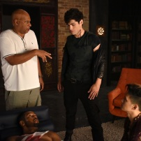 "SHADOWHUNTERS - ""Of Men and Angels"" - Magnus and Luke reveal Clary's past in ""Of Men and Angels,"" an all-new episode of ""Shadowhunters,"" airing Tuesday, February 16th at 9:00 – 10:00 p.m., EST/PST on Freeform, the new name for ABC Family. (Freeform/John Medland) ISAIAH MUSTAFA, OZ SCOTT (DIRECTOR), MATTHEW DADDARIO, HARRY SHUM JR."