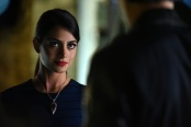 """SHADOWHUNTERS - """"Major Arcana"""" - With the knowledge of where The Mortal Cup is, Clary and the team race to get it before anyone else beats them to it in """"Major Arcana,"""" an all-new episode of """"Shadowhunters,"""" airing  Tuesday, February 23rd at 9:00 – 10:00 p.m., EST/PST on Freeform, the new name for ABC Family.(Freeform/John Medland) EMERAUDE TOUBIA"""