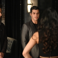 "SHADOW HUNTERS - ""Morning Star"" - Time is running out for the Shadowhunters to stop Valentine in ""Morning Star,"" the season finale of ""Shadowhunters,"" airing TUESDAY, APRIL 5 (9:00 - 10:00 p.m. EDT) on Freeform. (Freeform/John Medland) ALBERTO ROSENDE, DAVID CASTRO"