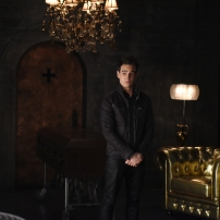"""SHADOW HUNTERS - """"Morning Star"""" - Time is running out for the Shadowhunters to stop Valentine in """"Morning Star,"""" the season finale of """"Shadowhunters,"""" airing TUESDAY, APRIL 5 (9:00 - 10:00 p.m. EDT) on Freeform. (Freeform/John Medland) ALBERTO ROSENDE"""