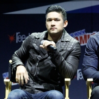 """SHADOWHUNTERS - The cast and producers of Freeform's """"Shadowhunters,"""" are featured at the COMIC CON Convention at the Jacob Javits Center in New York City on October 8, 2016. (Freeform/Lou Rocco) HARRY SHUM JR."""