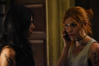"""SHADOWHUNTERS - Everyone is on the hunt for Jace, but all for their own reasons in """"Parabatai Lost,"""" an all new episode of """"Shadowhunters,"""" airing MONDAY, JANUARY 16 (8:00 – 9:00 PM EDT) on Freeform. (Freeform/John Medland) EMERAUDE TOUBIA, KATHERINE MCNAMARA"""