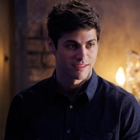 """SHADOWHUNTERS - """"Day of Wrath"""" - No one is safe when the Shadowhunters come up against a new kind of demon in """"Day of Wrath,"""" an all new episode of """"Shadowhunters,"""" airing MONDAY, JANUARY 23 (8:00 – 9:00 PM EDT) on Freeform. (Freeform/ Ben Mark Holzberg) MATTHEW DADDARIO"""