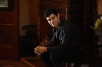 "SHADOWHUNTERS - ""Dust and Shadows"" - Clary takes desperate actions after the attack on the Institute in ""Dust and Shadows,"" an all new episode of ""Shadowhunters,"" airing MONDAY, JANUARY 30 (8:00 – 9:00 PM EDT) on Freeform. (Freeform/John Medland) MATTHEW DADDARIO"