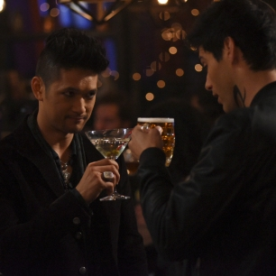 "SHADOWHUNTERS - ""Iron Sisters"" - Clary and Isabelle head to The Citadel looking for answers in ""Iron Sisters,"" an all new episode of ""Shadowhunters,"" airing MONDAY, FEBRUARY 6 (8:00 – 9:00 PM EDT) on Freeform. (Freeform/John Medland) HARRY SHUM JR., MATTHEW DADDARIO"