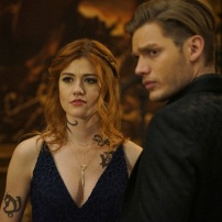 """SHADOWHUNTERS - """"Love Is a Devil"""" - Max's Rune Ceremony brings everyone's fears to the forefront in """"Love Is a Devil,"""" an all-new episode of """"Shadowhunters,"""" airing MONDAY, FEBRUARY 20 (8:00 - 9:00 p.m. EST), on Freeform. (Freeform/Ian Watson) KATHERINE MCNAMARA, DOMINIC SHERWOOD"""