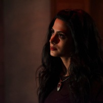"SHADOWHUNTERS - ""Bound By Blood"" - Clary is sidelined by Iris' blood oath, while the Downworld begins to fall apart, in ""Bound By Blood,"" an all-new episode of ""Shadowhunters,"" airing MONDAY, FEBRUARY 27 (8:00 - 9:01 p.m. EST), on Freeform. (Freeform/John Medland) EMERAUDE TOUBIA"