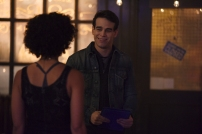 """SHADOWHUNTERS - """"Mea Maxima Culpa"""" - Everyone is dealing with the aftermath of the Soul Sword attack at the Institute in ÒMea Maxima Culpa,Ó the summer premiere of ÒShadowhunters,Ó airing MONDAY, JUNE 5 (8:00 - 9:00 PM EDT) on Freeform and on the Freeform app. (Freeform/John Medland) ALBERTO ROSENDE"""