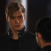 "SHADOWHUNTERS - ""The Fair Folk"" - Alec has big plans to mend fences with the Downworlders, while Jace and Clary are summoned by the Seelie Queen in ""The Fair Folk"", an all-new episode of ÒShadowhuntersÓ airing on Monday, June 26 (8:00 - 9:00 PM ET/PT) on Freeform and the Freefom app. (Freeform/John Medland) WILL TUDOR, MATTHEW DADDARIO"