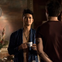 "SHADOWHUNTERS - ""A Problem with Memory"" - Simon goes down a dark path while Alec and team prepares to transport Valentine in ÒA Problem of Memory,Ó an all-new episode of ""Shadowhunters"" airing Monday, July 10th at 8:00 - 9:00 PM ET/PT. (Freeform/John Medland) HARRY SHUM JR., MATTHEW DADDARIO"