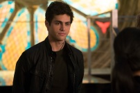 """SHADOWHUNTERS - """"A Problem with Memory"""" - Simon goes down a dark path while Alec and team prepares to transport Valentine in ÒA Problem of Memory,Ó an all-new episode of """"Shadowhunters"""" airing Monday, July 10th at 8:00 - 9:00 PM ET/PT. (Freeform/Ian Watson) MATTHEW DADDARIO"""