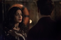 """SHADOWHUNTERS - """"A Dark Reflection"""" - Clary struggles with the idea that her brother Jonathan is pure evil when it appears he is hunting down the mortal mirror for ValentineÕs use in ÒA Dark Reflection,Ó an all new episode of ÒShadowhuntersÓ airing on Monday, July 24th at 8:00 - 9:00 PM ET/PT. (Freeform/John Medland) EMERAUDE TOUBIA, ALBERTO ROSENDE"""