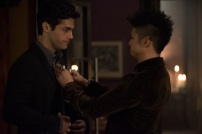"""SHADOWHUNTERS - """"What Lies Beneath"""" - The Shadowhunters try to track down the new imposing threat, while Jace has a suspicion that Jonathan is back and behind the mundane attacks. Simon tries to figure out what The Seelie Queen did to him during his time in the glade. Alec decides to host a Lightwood family dinner at MagnusÕ house after a surprising visit from Maryse. This episode of """"Shadowhunters"""" airs Tuesday, April 3 (8:00 - 9:00 p.m. EDT) on Freeform. (Freeform/John Medland) MATTHEW DADDARIO, HARRY SHUM JR."""